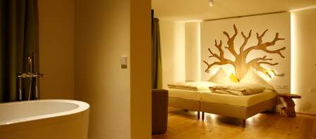 Wellness-room · Tree 9